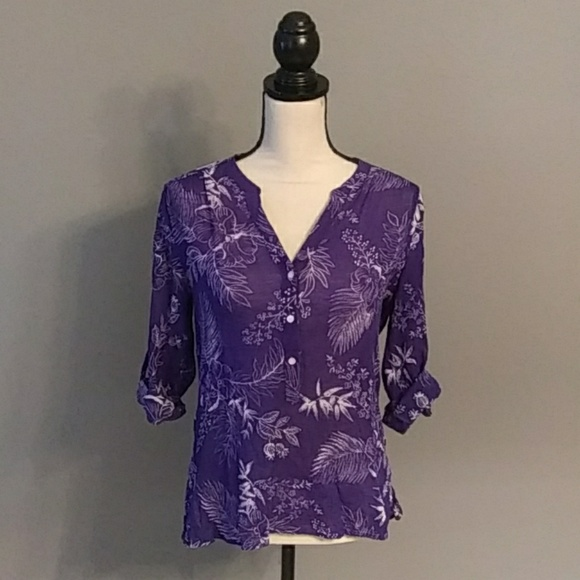Tommy Bahama Tops - **3/$10** Tommy Bahama Top Size XS